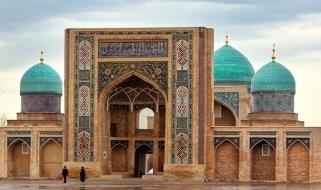 La Madrasa Barak Khan, uno degli edifici monumentali di Tashkent