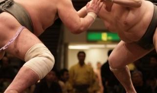 Incontro tra lottatori di Sumo in Giappone